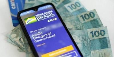 Governo aceita pagar mais duas parcelas de R$ 600 do auxílio emergencial