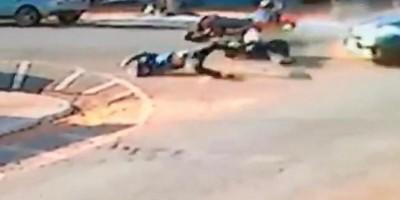 Câmera registra grave acidente entre moto e carro em Goias; veja o vídeo