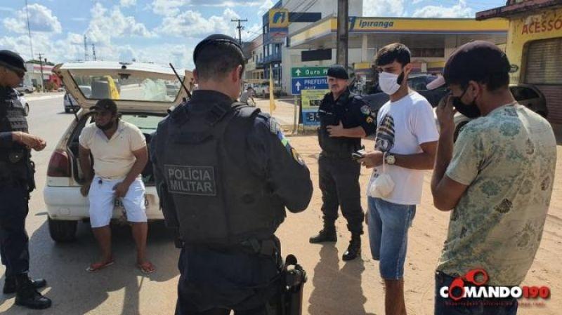 Em Ji-Paraná, PM prende foragido da justiça transportando pedras preciosas extraídas ilegalmente da Reserva Roosevelt