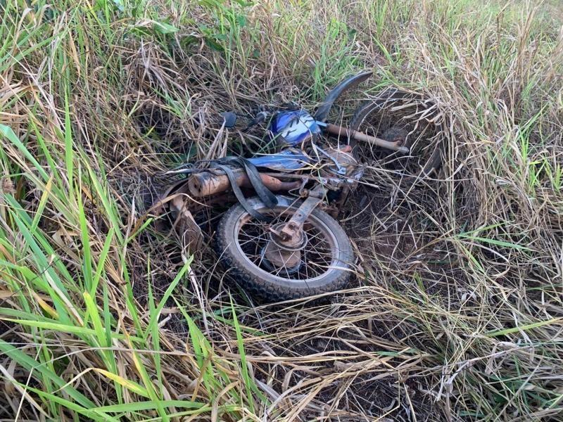Motociclista morre após colisão em meio fio na BR-429 em São Francisco