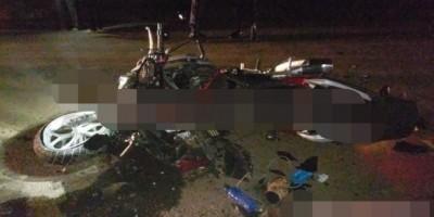ROLIM DE MOURA: Policial morre após grave colisão frontal entre carro e moto na RO-010