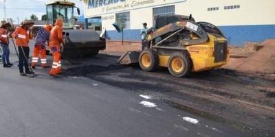 Mais dois lotes de asfalto para Rolim de Moura tem ordem de serviço assinada pelo governo