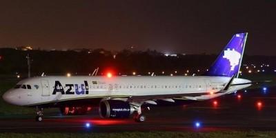 Motor de avião da Azul pega fogo antes de pousar em aeroporto de Porto Velho