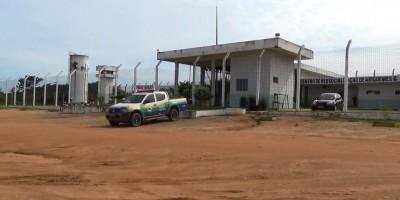 Vídeo mostra como serras teriam entrado em presídio de Ariquemes