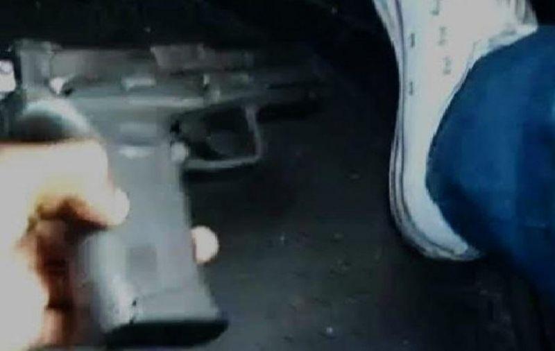 PM prende jovem que se exibia e vendia armas nas redes sociais em Porto Velho
