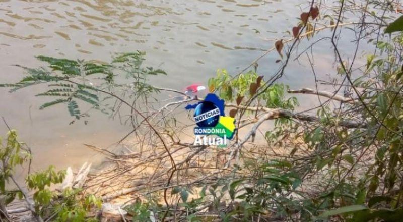 Barco bate em pedra e jovem de 18 anos morre afogado no rio Urupá, em Ji-Paraná