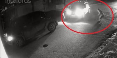 Câmera de segurança registra policial atirando em motorista de caminhonete após ser...