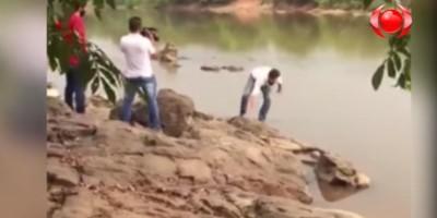 Candidato à prefeitura de Ji-Paraná cai no rio durante gravação de campanha; veja o...