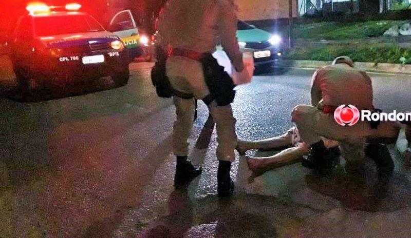 Jovem é encontrado jogado na rua, amarrado, amordaçado e com várias lesões pelo corpo