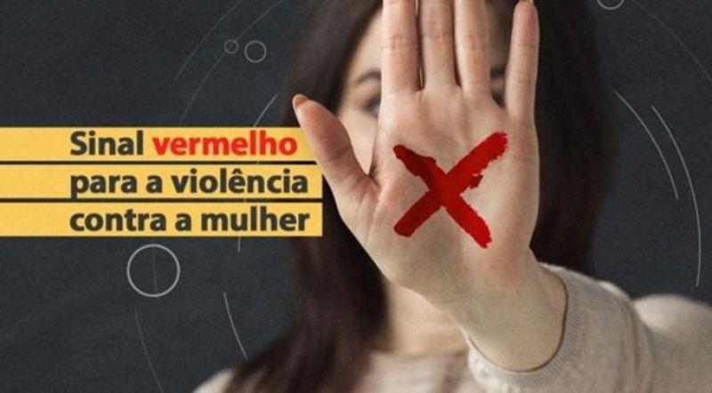 Mulher de 51 anos denuncia companheiro, de 21, à PM após sofrer agressões e ameaças de morte