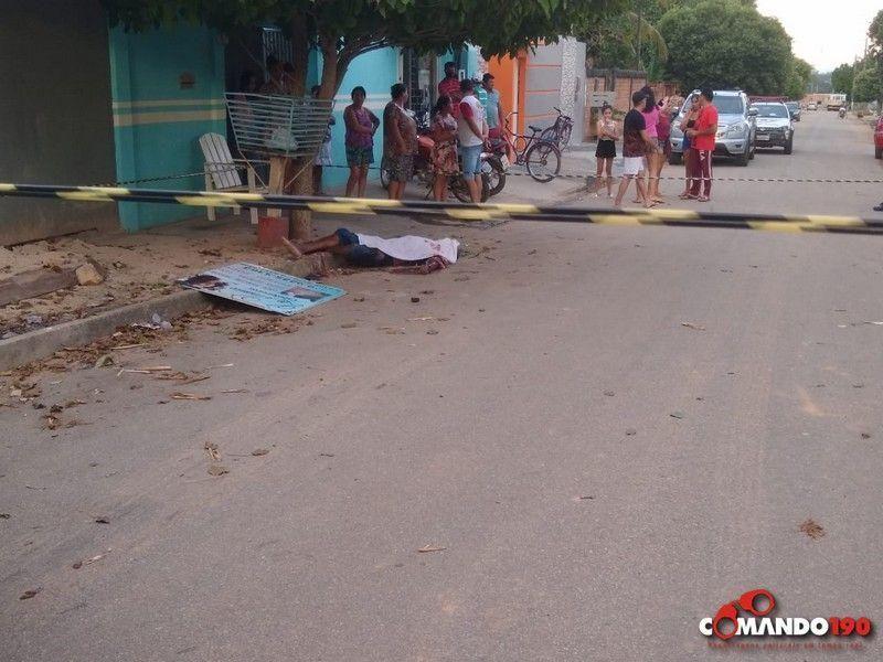 Enciumado, marido mata homem que estava conversando com sua esposa no meio da rua, em Ji-Paraná