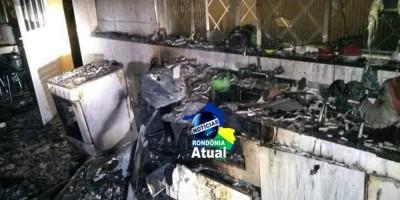 Homem incendeia casa de ex-mulher em Ji-Paraná