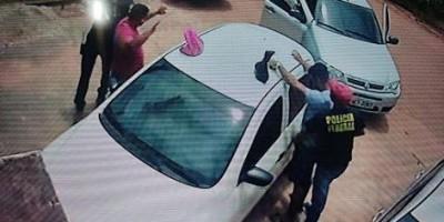 Bandidos usam uniforme da PF e levam R$ 90 mil durante assalto em Guajará-Mirim