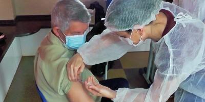 Mais 1,5 mil idosos receberam a 1ª dose da vacina contra a Covid-19 em Rolim de Moura