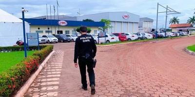 MP e PC deflagram operação em frigorífico da JBS em Pimenta Bueno