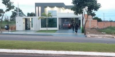 Golpe milionário: operação das polícias de Rondônia e Acre cumpre mandados em Rolim...