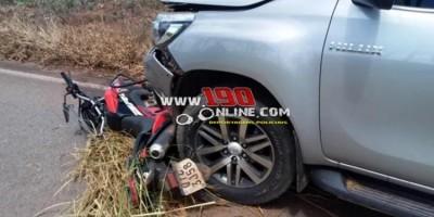 Homem morre após caminhonete colidir na traseira de moto na RO-383, em Alta Floresta