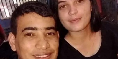 Após morte do marido em grave acidente na RO-010 em Rolim de Moura, mulher não resiste...