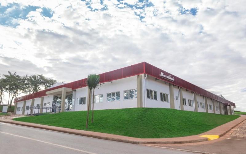 Unidade de Rolim de Moura/RO da Minerva Foods recebe certificação BRCGS com Grade AA