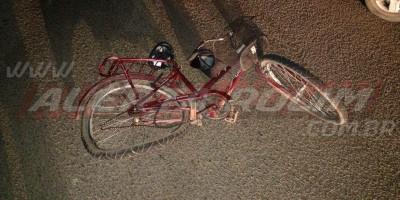 Idoso em bicicleta é atingido por carro na RO-010 durante a noite de quarta-feira em...