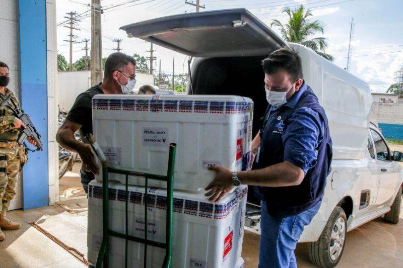 Rondônia recebe novo lote com quase 29 mil doses da vacina AstraZeneca contra covid-19