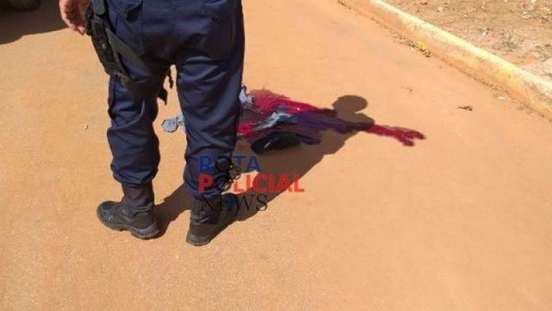 Dois rapazes são alvejados a tiros em plena luz do dia, em Vilhena