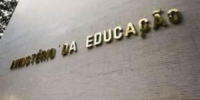 MEC admite que não tem verbas para o Enem 2021 ou pagamento de bolsas