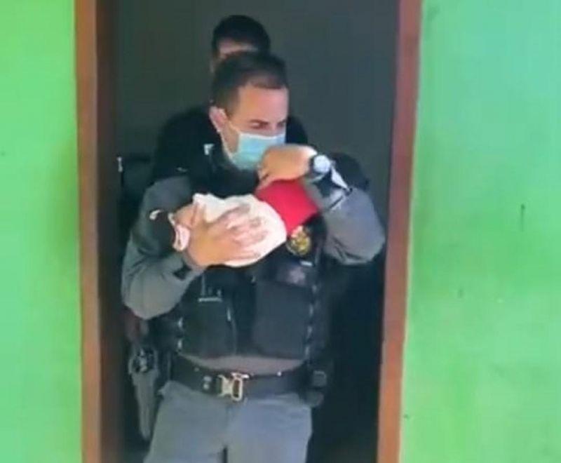 Mãe deixa bebê de 2 meses como 'garantia de dívida' em boca de fumo e perde a guarda da criança em MT