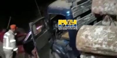 Família morre após carro ser arrastado por caminhão toreiro em Machadinho; veja o...