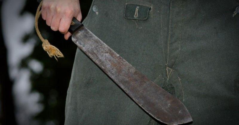Adolescente sofre tentativa de homicídio por um individuo com facão em Jaru