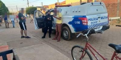 Homem de 31 anos consegue escapar ileso após suposto membro do PCC disparar seis tiros...