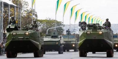 Tanques blindados vão 'desfilar' em Brasília no mesmo dia em que Câmara deve votar PEC...