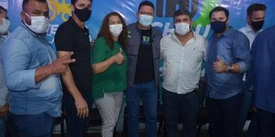 Durante lançamento do 'Thau Poeira' em Cacoal, prefeito Jurandir e vice Nei cobram...