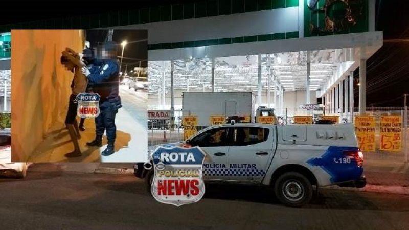 Transtornado, homem chuta moto, taca pedra em carros, invade supermercado e é preso pela PM em Vilhena