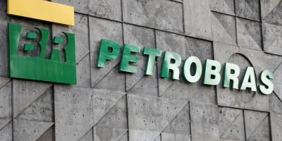 Petrobras anuncia reajuste nos preços da gasolina e do gás de cozinha a partir de...