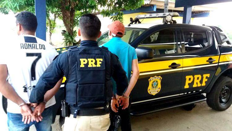 BAMBURROU: PRF prende dupla com pepitas de ouro avaliadas em 19 mil reais