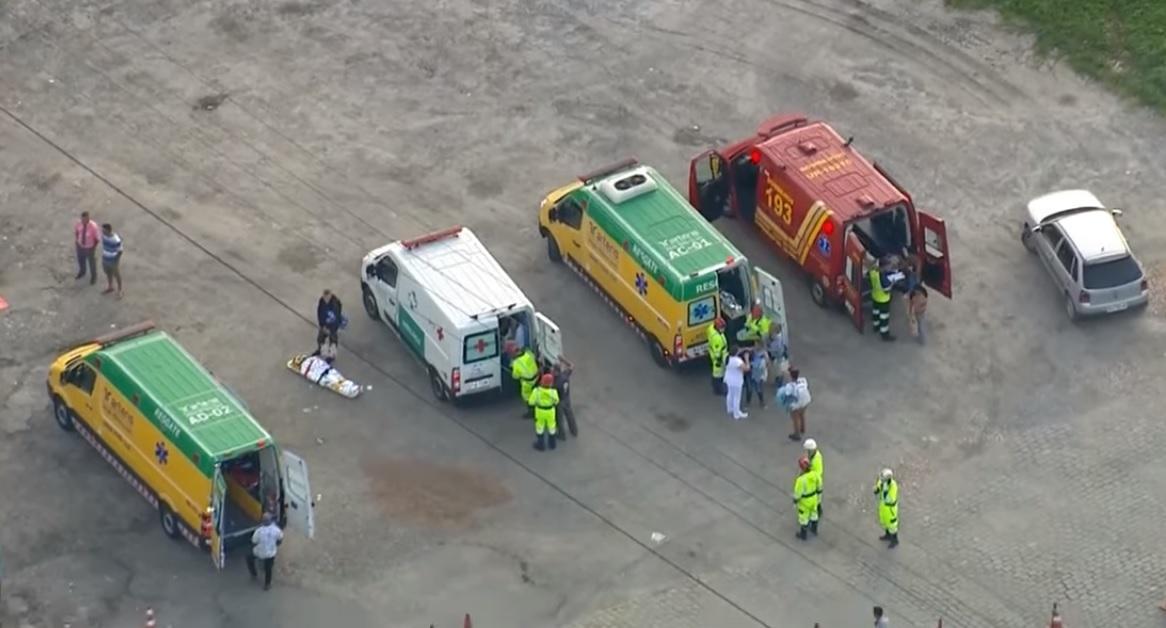 Ônibus da Eucatur tomba e deixa pelo menos 15 feridos na grande SP