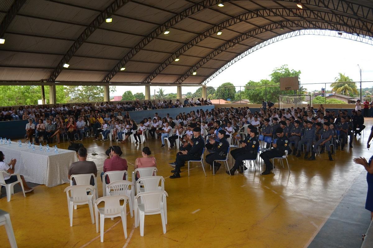 ROLIM DE MOURA: Vereador Dr. Lauro destaca importância da educação durante abertura do ano letivo