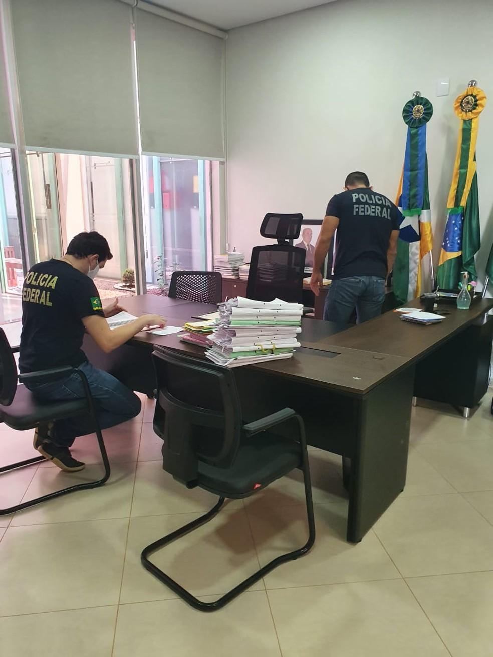 Prefeitos de Rolim de Moura, Cacoal, Ji-Paraná e São Francisco são presos em operação da PF